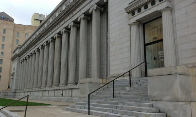 Zażalenie powoda na postanowienie sądu odmawiające podjęcia zawieszonego postępowania